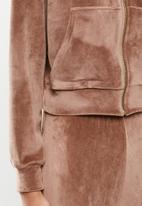VELVET - Plush velvet cropped hoodie - mink
