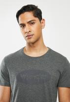 Wrangler - Living to the limit tee - grey