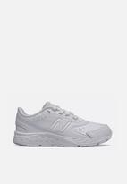 New Balance  - Kids 680 / white