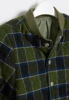 Cotton On - Artie reversible bomber - swag green check