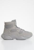 Missguided - High top bubble sole trainers - grey