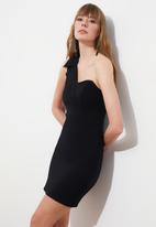 Trendyol - Collar detailed dress - black
