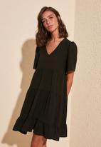 Trendyol - Siyah wide cut dress - black