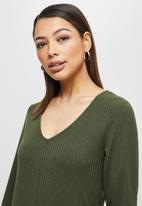 edit - Loose fit ribbed jumpsuit - khaki