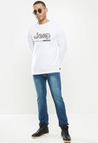 JEEP - Ethan long sleeve graphic tee - white