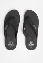 Jonathan D - J ace - black