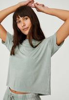 Cotton On - Sleep recovery crew T-shirt - desert sage wash