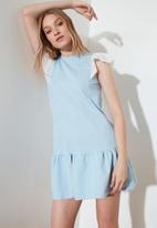 Trendyol - Mavi lace detailed dress - light blue
