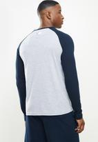 NBA - Nba icon logo long sleeve printed T-shirt - grey