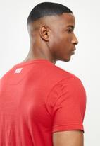 NBA - Heat icon logo straight hem printed T-shirt - red
