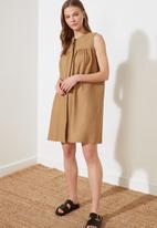 Trendyol - Vizon high neck dress - brown