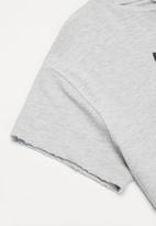 MANGO - T-shirt world - grey