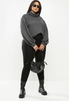 Me&B - Plus cowl neck cable knit top with bell sleeve - grey