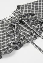 MANGO - Plaid neck scarf - grey