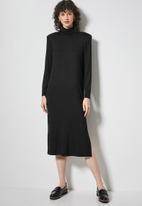 Superbalist - Shoulder pads column dress - black
