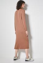 Superbalist - Shoulder pads column dress - copper