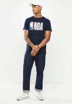 NBA - Icon logo straight hem printed T-shirt - navy