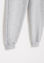 Superbalist - Graphic fleece jogger - grey