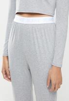 Blake - Branded elastic long crop tee & pant sleep set - grey