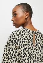 MILLA - Dropped shoulder blouse - beige & black