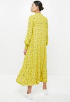 Glamorous - High neck tiered maxi - chartrusse