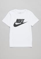 Nike - Nike futura short sleeve tee - white