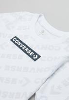 Converse - Cnvb tonal wordmark all over print tee - white