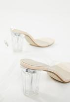 Missguided - Mid clear heel block heel - nude