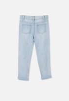 Cotton On - India slouch jean - bleach wash/rips/message