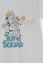 Cotton On - Jamie short sleeve tee-license - lcn wb vanilla/space jam tune squad
