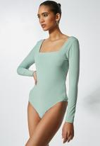 VELVET - Square neck back detail bodysuit - green