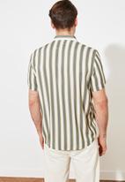 Trendyol - Stripe short sleeve shirt - green