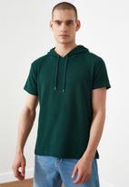 Trendyol - Plain short sleeve hooded sweater - green