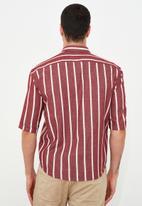 Trendyol - Half sleeve stripe shirt - burgundy
