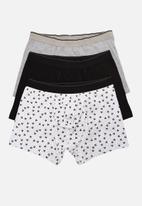 Trendyol - Printed 3 pack boxer shorts - black/grey/white