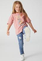 Cotton On - License drop shoulder short sleeve tee - lcn wb lola bunny/musk rose wash