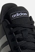 adidas Performance - Grand court kids - black & white