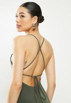 Missguided - Cup keyhole midaxi strappy dress - olive