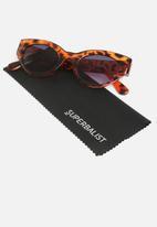 Superbalist - Alice cateye sunglasses - brown