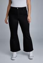Cotton On - Curve denim stretch flare jean - black