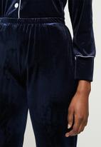 STYLE REPUBLIC - Velveteen sleep shirt & pants set - navy