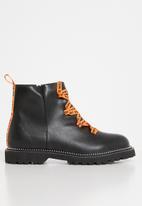 Footwork - Royce combat boot - black