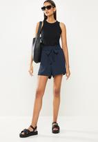 ONLY - Lavender paperbag shorts - night sky