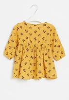 POP CANDY - Girls cherry print dress - mustard
