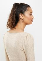 Blake - Cut & sew crop top - beige