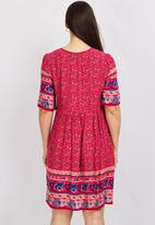 Stella Morgan - Floral print swing dress - multi red