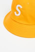 Rebel Republic - S bucket hat - mustard