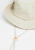 Superbalist - Safari bucket hat - stone