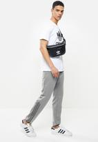 adidas Originals - Blocked poly trackpants - grey
