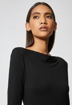 VELVET - Draped neck knit dress with shoulder pad - mink - black